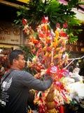 唐人街的泰国卖主 春节2015年曼谷泰国 免版税图库摄影
