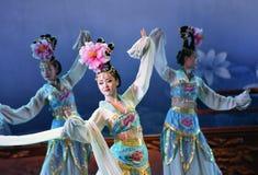 唐代在XI的`,中国的舞蹈展示 库存照片