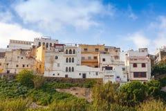 唐基尔,摩洛哥麦地那 老五颜六色的生存房子 免版税库存图片