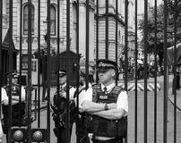 唐宁街在黑白的伦敦 免版税库存照片