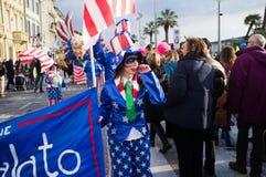唐纳德・川普在维亚雷焦的狂欢节讽刺地代表了 免版税库存照片
