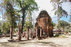 唐路骨角高棉废墟 免版税库存照片