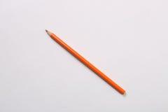 唯一橙色颜色铅笔 免版税库存图片