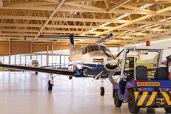 唯一涡轮螺旋桨发动机航空器Pilatus PC-12在飞机棚 施坦斯,瑞士, 2010年11月29日 免版税图库摄影