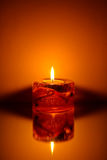 唯一的蜡烛 免版税库存图片