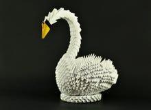 唯一美丽的白色天鹅的origami,做的纸 库存图片