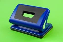 唯一蓝色金属机械打孔器 免版税库存图片