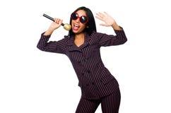 唱歌在卡拉OK演唱俱乐部的妇女隔绝在whie 库存照片