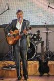 唱歌的执行者,演员,吉他弹奏者亚历山大Blok 免版税图库摄影