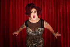 唱歌的扮装皇后尖叫或 免版税库存照片