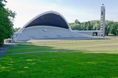 唱歌领域在塔林,爱沙尼亚的首都的片段 免版税库存图片