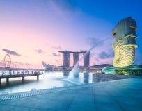 商业区和小游艇船坞海湾在新加坡 库存图片