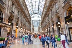 商业圆顶场所的维托里奥Emanuele买家II在米兰 库存照片
