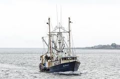 商业捕鱼业小船蓝色金刚石II临近的新贝德福德 库存照片