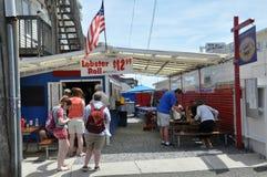 商业街在Provincetown,鳕鱼角在马萨诸塞 免版税库存图片