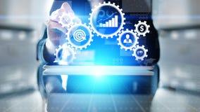 商业运作管理自动化工作流,文件检验,用象,技术概念连接了齿轮嵌齿轮 免版税库存照片