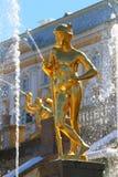 商业水银国会大厦o的神话上帝的雕塑 库存图片