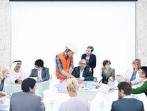 商人合作会议介绍建筑师设计 库存图片
