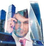 商人和都市风景背景两次曝光  库存图片