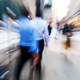 商人在活动中在城市 免版税库存图片
