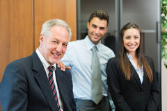 商人在他们的办公室 免版税图库摄影