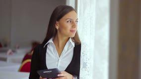商人它在a运作的职业妇女 股票录像