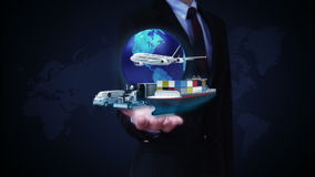 商人开放棕榈,与飞机,火车,船,汽车运输,世界地图,地球的生长全球网络