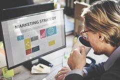 商人想法的计划运作的销售方针概念 免版税库存图片