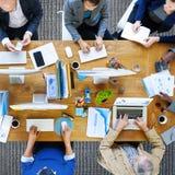 商人技术运作的办公室概念 免版税库存照片