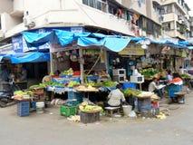 商人摊位在孟买,印度 免版税库存图片