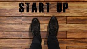 商人的脚在被创办的起始,新的公司,鞋子的做进步 影视素材