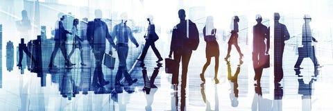 商人通勤者城市生活繁忙的概念 免版税库存照片