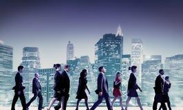 商人通勤者都市风景队概念 库存照片