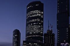 商务中心延迟莫斯科新的晚上 库存图片