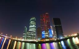 商务中心莫斯科全景 免版税库存图片