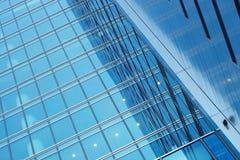 商务中心蓝色玻璃墙 库存照片