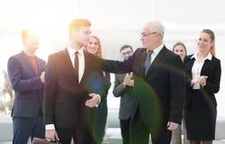 商务伙伴画象企业队背景的  免版税库存照片