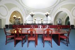 商务和俄罗斯的工业房间的小会场 免版税库存图片