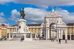 商务正方形- Praca在里斯本-葡萄牙做commercio 免版税库存图片