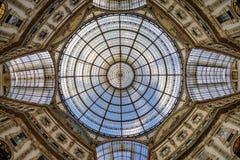 商城屋顶在米兰,意大利 免版税图库摄影