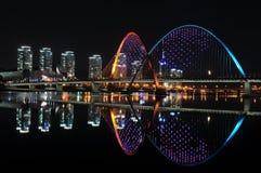 商展桥梁,一部分的商展公园在韩国 库存照片