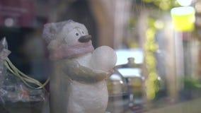 商店前面圣诞装饰 股票录像