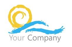 商标太阳和水 免版税库存图片
