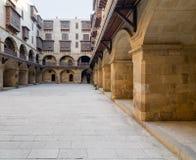 商队投宿的旅舍Bazaraa Wikala门面,中世纪开罗,埃及 库存图片
