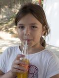 啜饮的汁液 免版税图库摄影