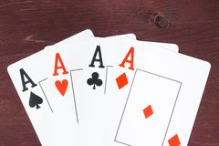 啤牌优胜突破卡片,扑克牌游戏得克萨斯的概念 图库摄影