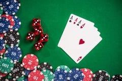 啤牌和赌博娱乐场比赛概念 免版税库存照片