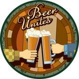 啤酒团结题材以绿色 免版税库存图片