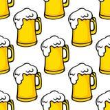 啤酒大啤酒杯的无缝的样式 库存照片