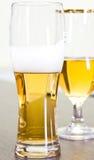 啤酒杯子 免版税图库摄影